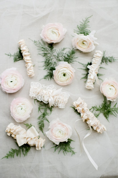 best-wedding-garters